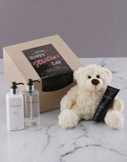 Charlotte Rhys Luxurious Essentials