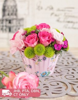 Pink Rose Flower Cupcake Arrangement